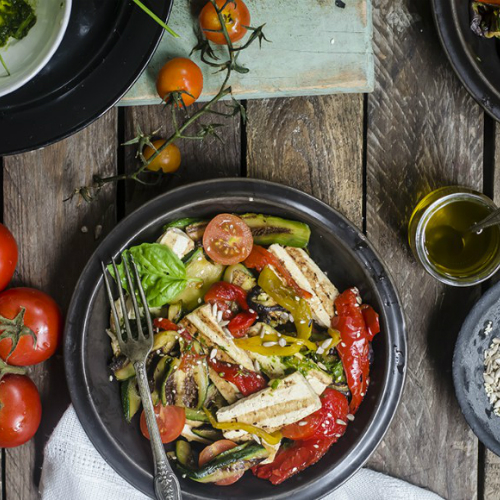 Insalata con tofu e verdure