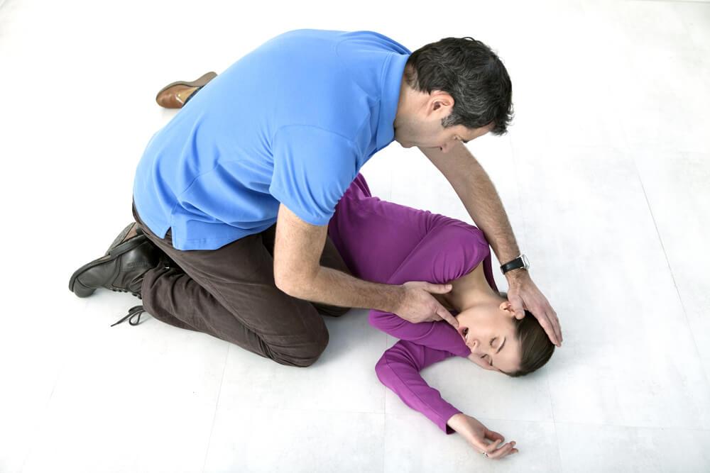 Attacco epilettico: Cosa fare quando una persona viene colpita da una crisi