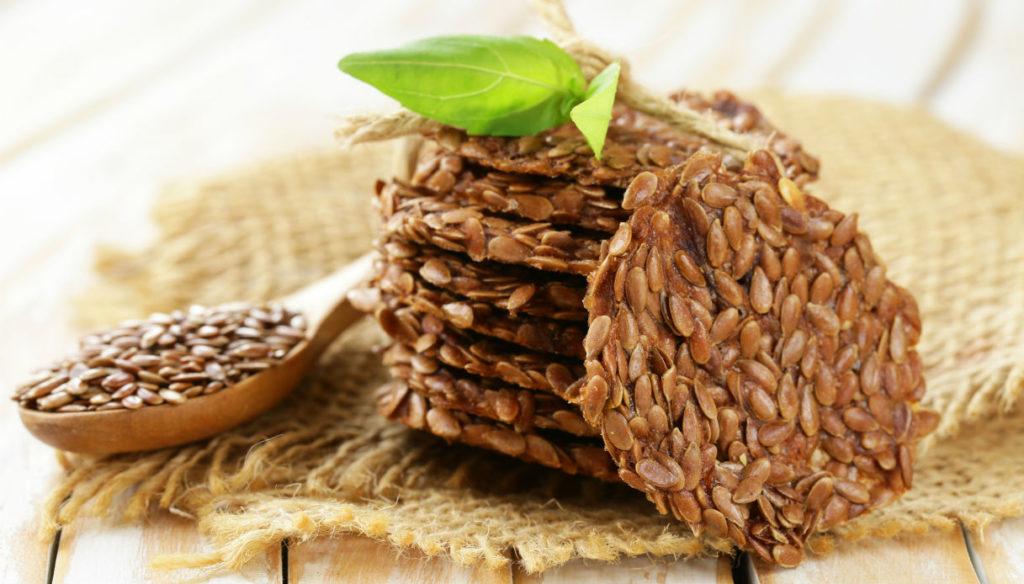 Semi di lino: 5 benefici sul corpo se ne mangiate 25 grammi ogni giorno