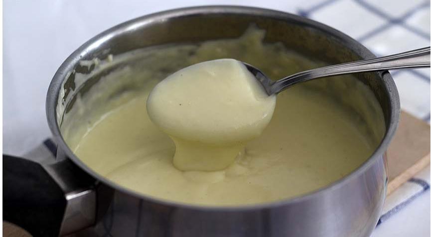 La besciamella leggera che si prepara in 5 minuti, con pochi ingredienti e con sole 140 Kcal!