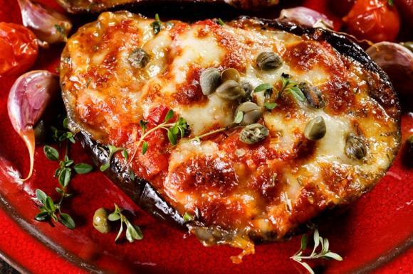 Melanzane ripiene alla napoletana: 2 Ricette light e gustose da provare!