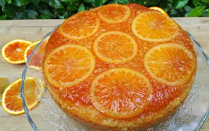 Torta all'arancia: la ricetta light di sole 210 Kcal per chi è a dieta!
