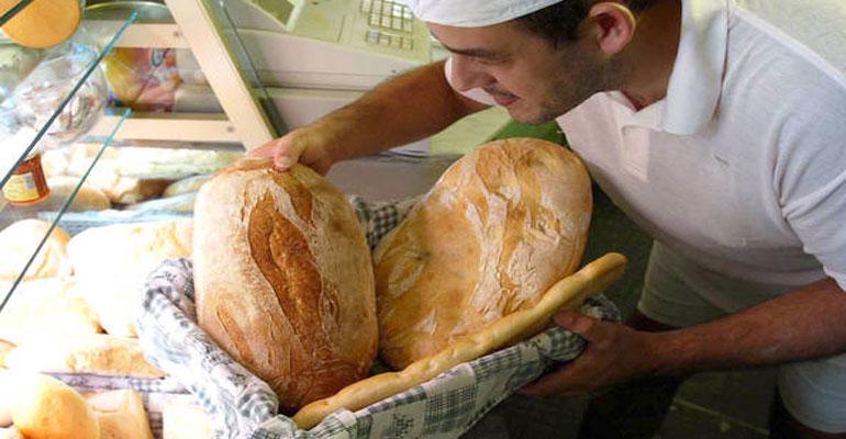Il consumo di pane in Italia, solo 110 grammi a testa