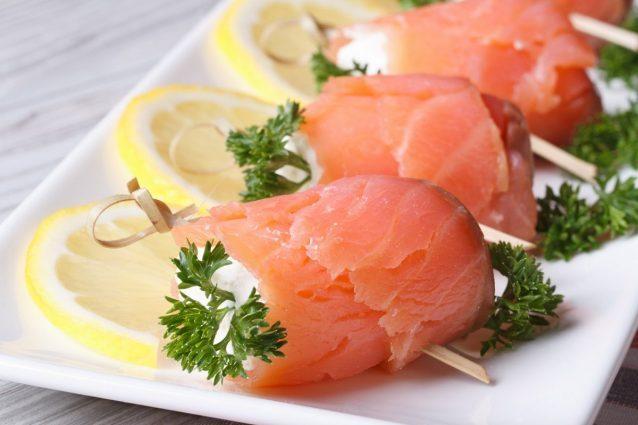 Antipasti veloci: Involtini di salmone