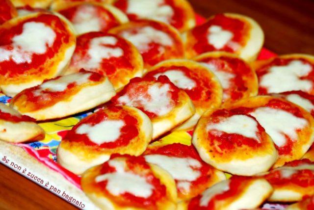Antipasti veloci: Pizzette da buffet