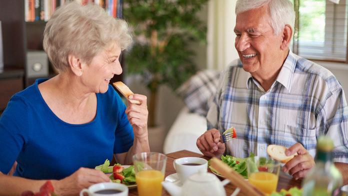 La dieta mediterranea migliora la memoria e riduce le infiammazioni negli anziani
