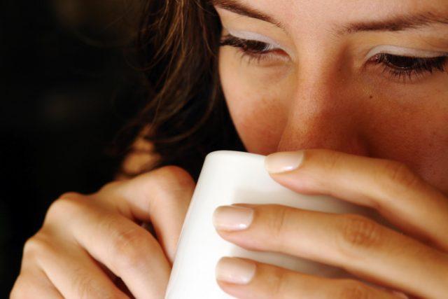 Le 4 bevandemattutine che ti svegliano più del caffè