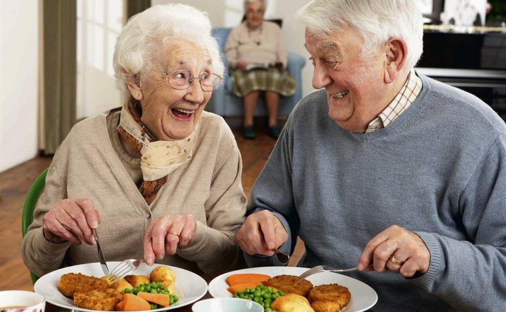 La Dieta che ti fa vivere a lungo senza malattie e ti fa perdere peso