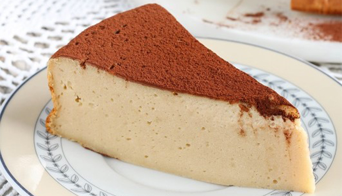 La torta al cappuccino cremosa: buona, gustosa e con sole 140 calorie!