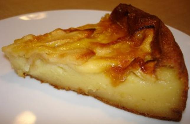 La torta di mele in microonde: solo 7 minuti di cottura e con 160 calorie!
