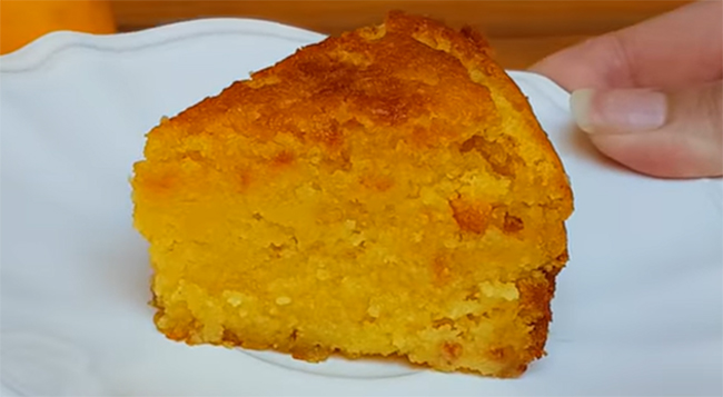 La torta al limone senza farina e burro: gustosa, leggera e ha solo 150 calorie!