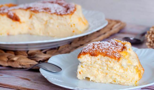 La torta allo yogurt, un dolce cremoso e dietetico che ha solo 140 calorie a fetta!