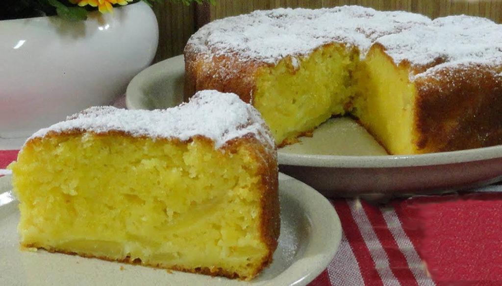 La torta di yogurt alle mele: si prepara senza bilancia e nè burro e ha solo 180 calorie!