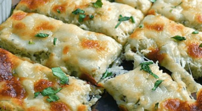 I bastoncini di cavolfiore filanti senza carboidrati, una ricetta facile, gustosa e con sole 120 calorie!