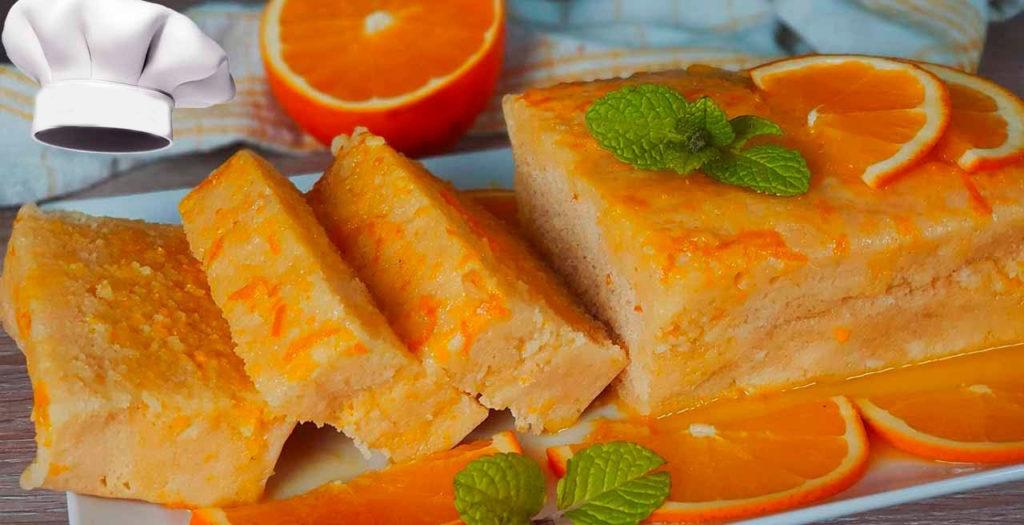 Il pan di spagna all'arancia sofficissimo che si cuoce in 8 minuti e ha solo 140 calorie!