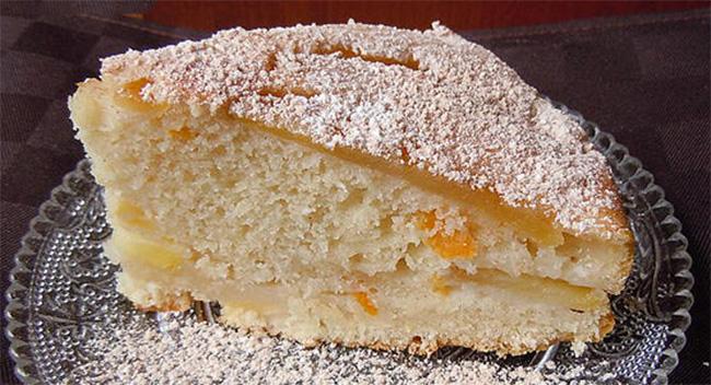 La torta di mele e cocco senza uova e burro: sofficissima e leggera. Ha solo 170 calorie!