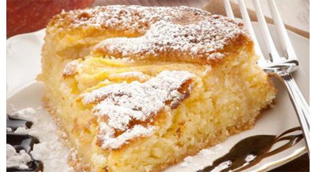 La torta di mele soffice, come farla buona e leggera in pochissimo tempo. Ha solo 160 calorie!