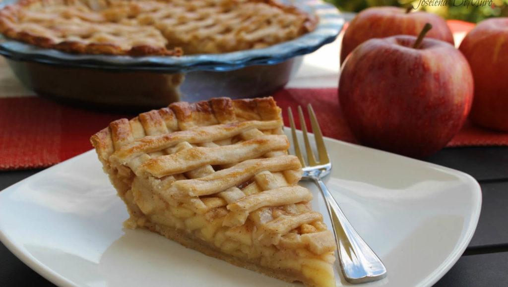 La crostata di mele senza burro, una ricetta golosa e che piacerà ai bambini con sole 180 calorie!
