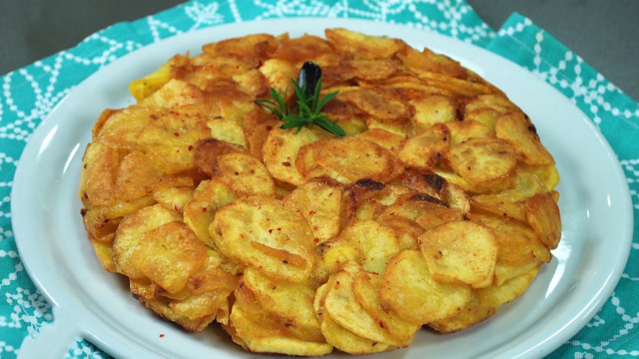 Patate, uova e formaggio