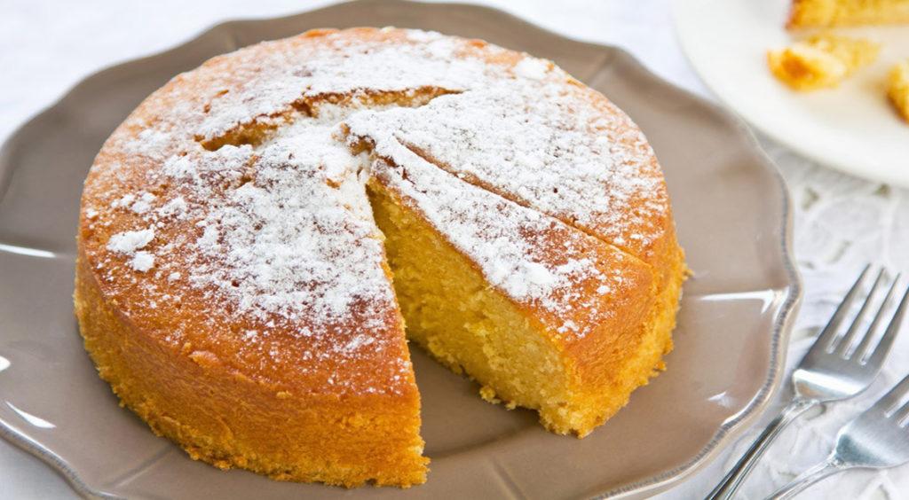 Torta all'arancia dietetica al 100%: 140 calorie e senza burro, olio e zucchero!