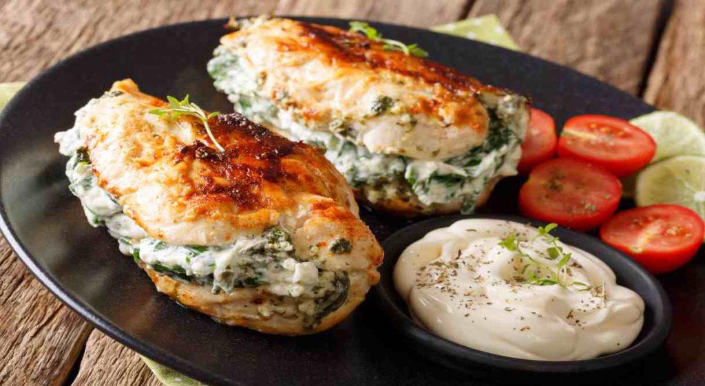 Lonza ripiena di stracchino e spinaci, un secondo piatto completo con sole 320 calorie