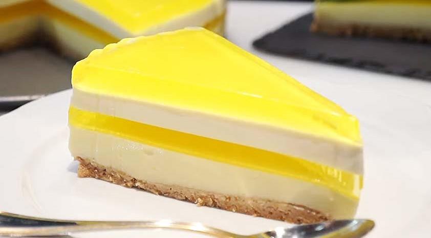 La cheesecake al limone senza burro e uova, buona, dietetica e con sole 120 calorie!