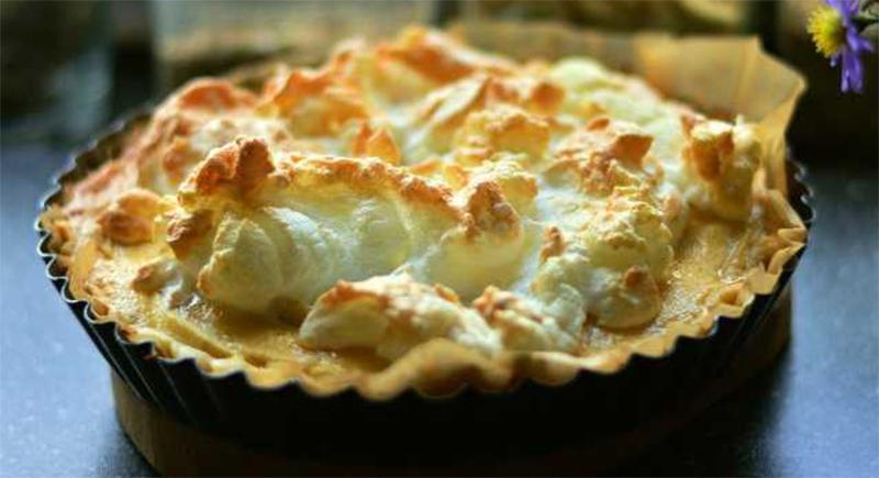 La torta di mele speciale con una sorpresa, buona, leggera e ha solo 190 calorie!