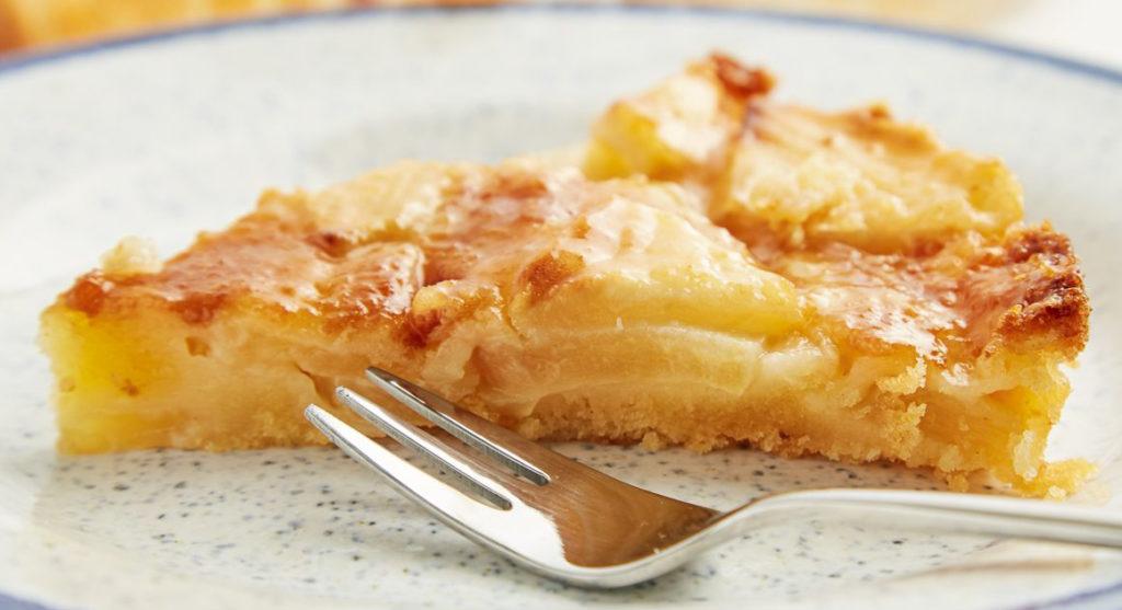 La torta di mele senza niente, un dolce gustoso, morbido e con sole 130 calorie!