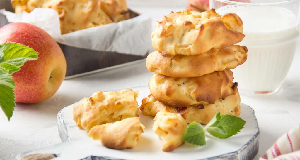 Biscotti alle mele super leggeri e morbidi: senza burro, né uova e con sole 60 calorie!