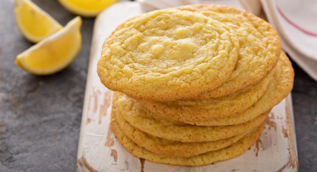 I biscotti al limone senza burro come non li avete mai mangiati. Solo 45 calorie!