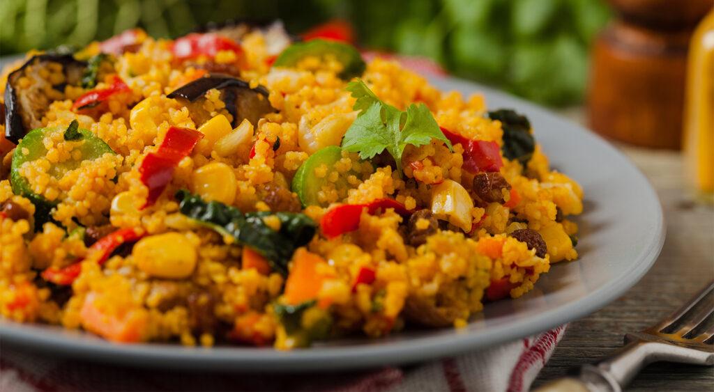 Cuscus di verdure, un primo piatto super dietetico e leggero con sole 220 calorie!