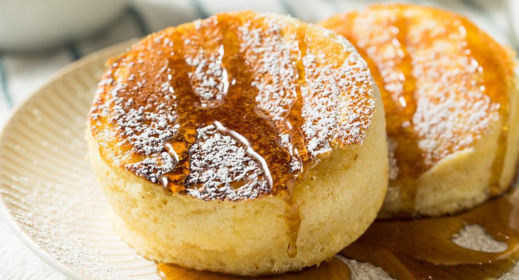 Pancake giapponesi iperproteici per una colazione gustosa e leggera di sole 80 calorie!