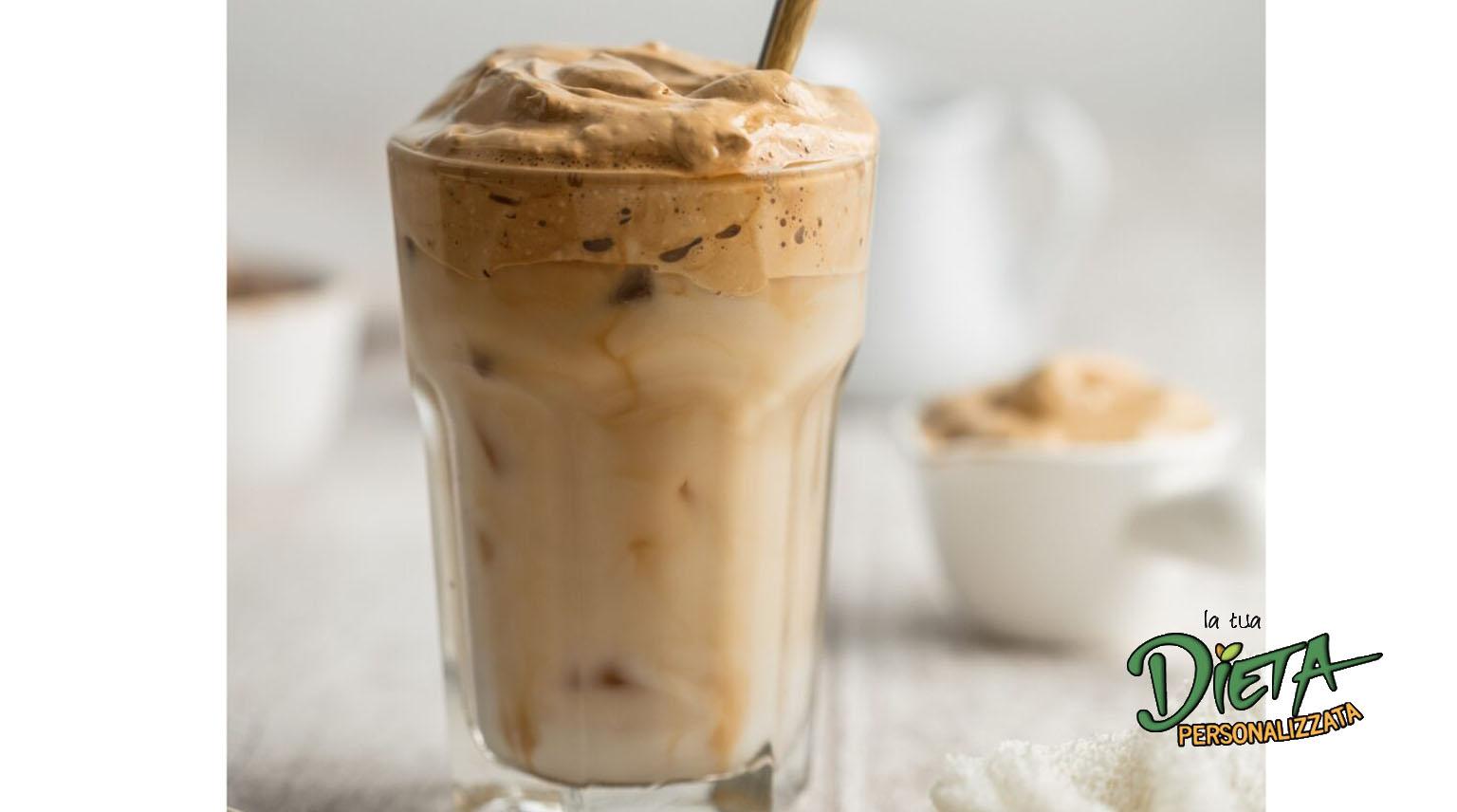 Spuma di caffè istantanea