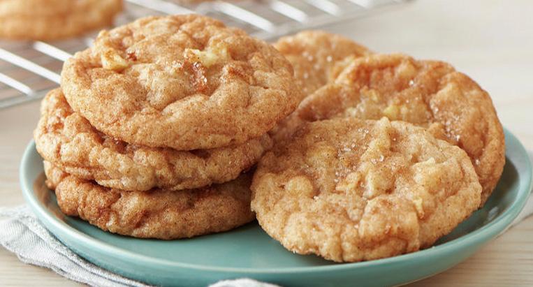 Biscotti alle mele super dietetici e gustosi che si preparano al volo!