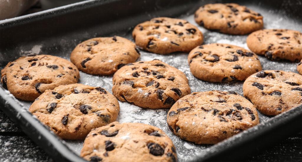 Cookies al cioccolato e caffè senza burro, gustosi per colazione e con sole 55 calorie!