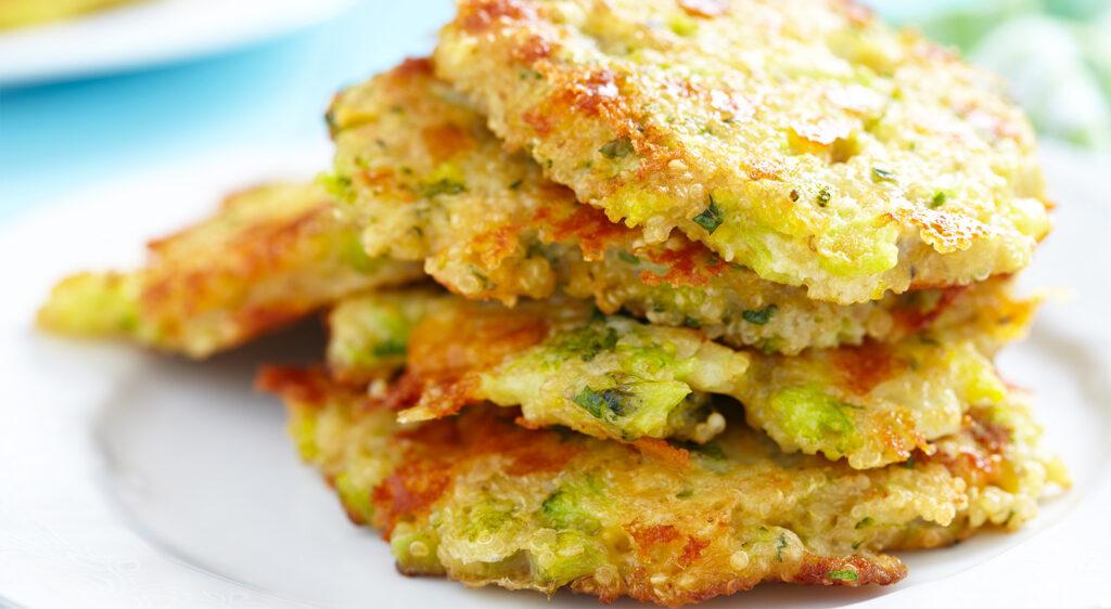 Le frittelle di quinoa e verdure, un piatto gustoso e light che vi stupirà. Solo 260 calorie!