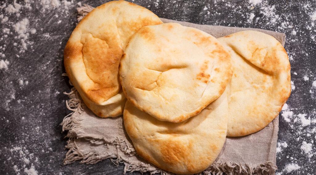 Pane palloncino con soli 3 ingredienti, super leggero e si prepara al volo. Ha solo 170 calorie!