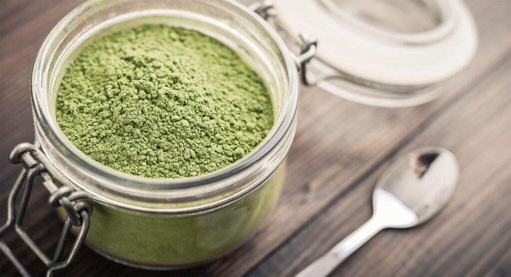 Come preparare il sale alle erbe aromatizzato per rendere i tuoi piatti più gustosi e saporiti!