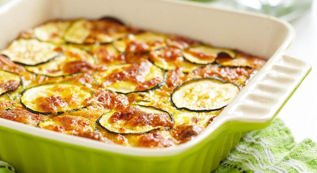 Sformato di zucchine allo yogurt, una ricetta gustosissima e leggera con sole 220 calorie!