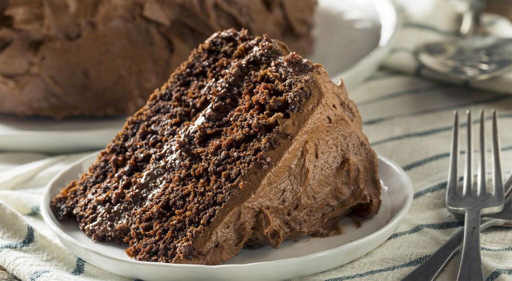La torta al cioccolato fondente senza farina, un goloso dolce light che ha solo 120 calorie!