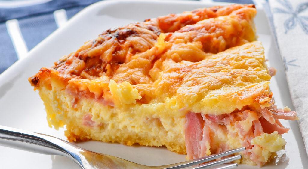 La torta salata di ricotta e prosciutto, un secondo piatto gustoso e leggero di sole 320 calorie!