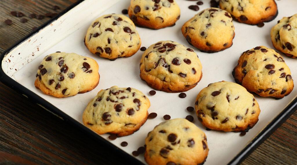 Biscotti di ricotta e gocce di cioccolato, squisiti e con meno di 50 calorie a biscotto!