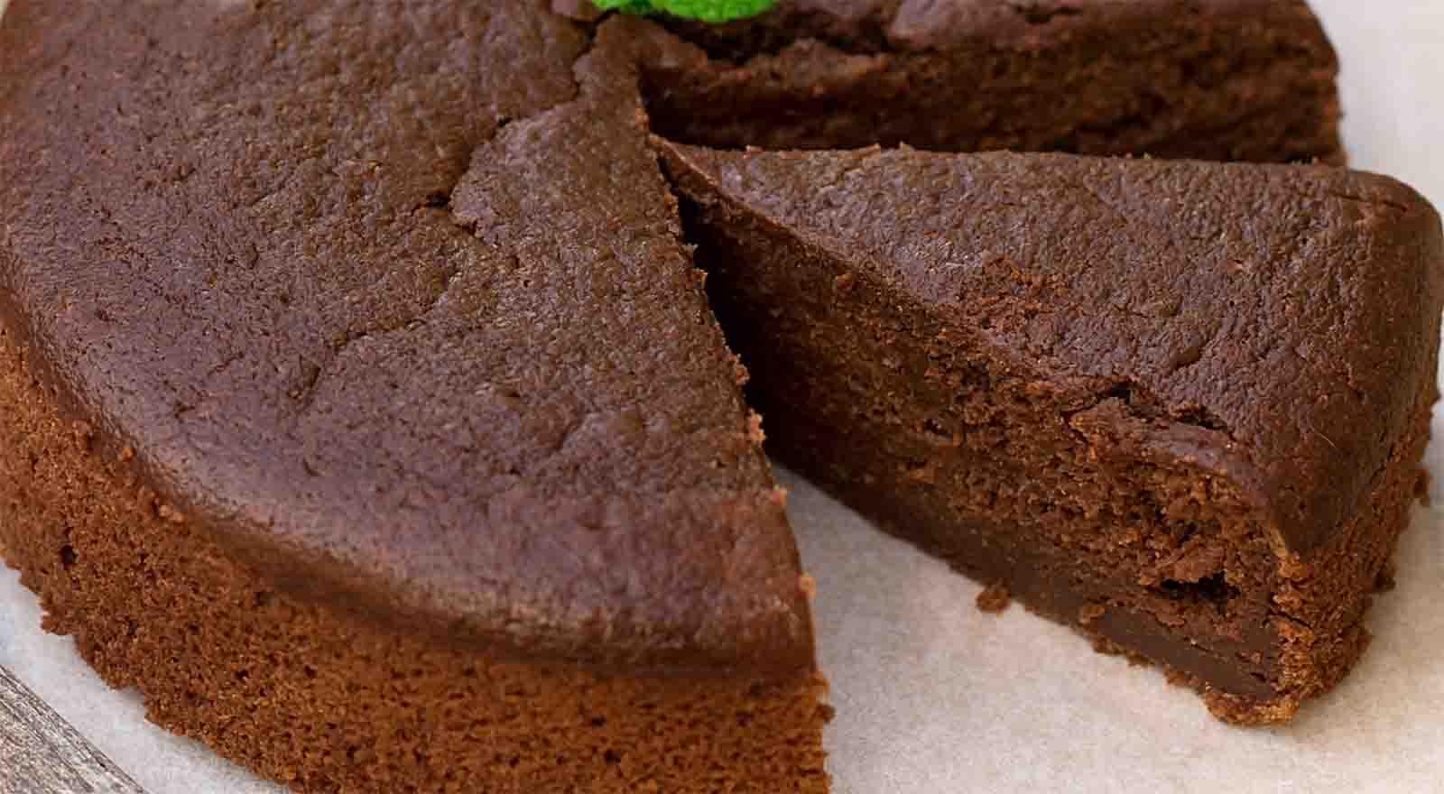 Torta al cioccolato senza farina e burro