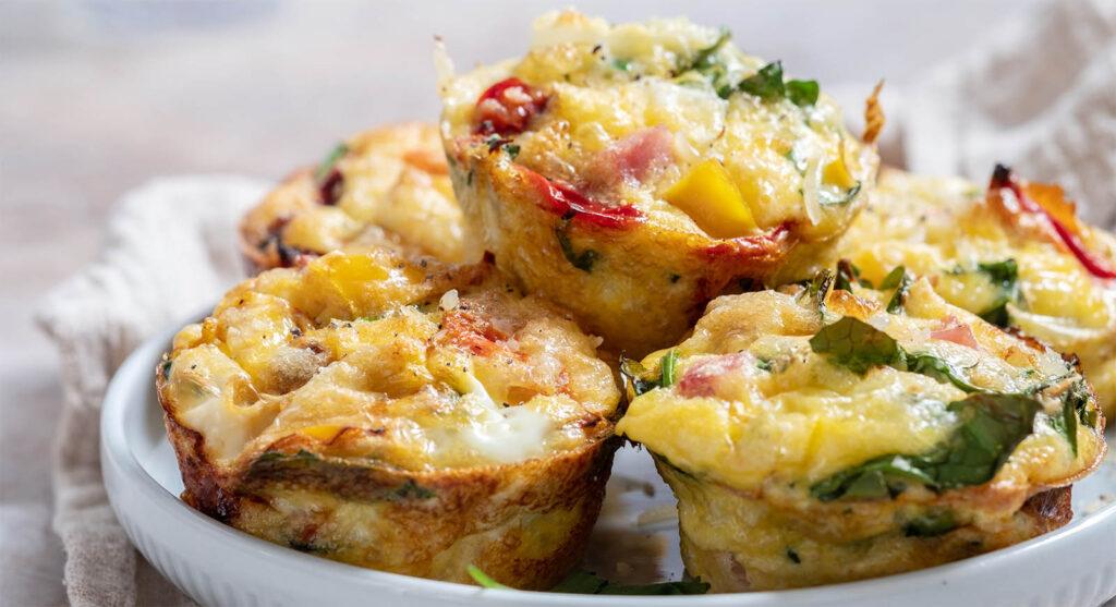 I muffin alle verdure, l'impasto perfetto e velocissimo con sole 85 calorie a pezzo!