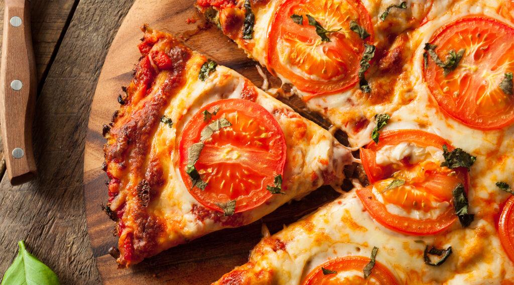 La pizza senza farina, fatta di verdure, super dietetica e buona con sole 170 calorie!