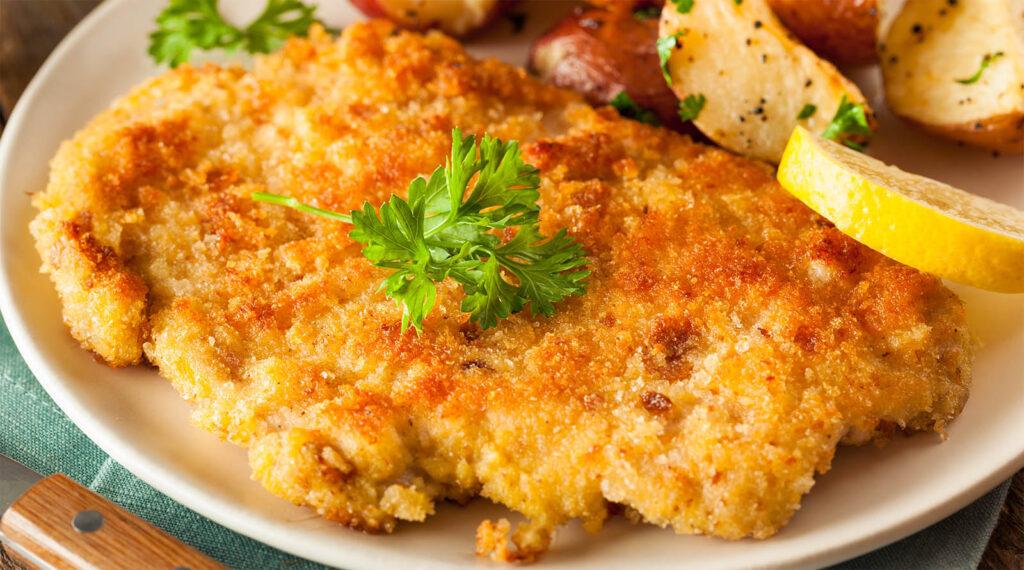 La cotoletta di pollo al forno, più buona di quella fritta. Ha solo 280 calorie!