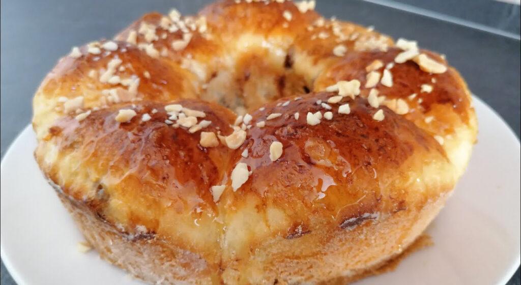 La torta brioche con ripieno a sorpresa, la ricetta perfetta. Ha solo 150 calorie!