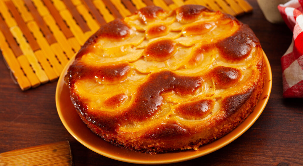 Mele, arance e yogurt: 3 ingredienti perfetti per una torta deliziosa e con sole 180 calorie!