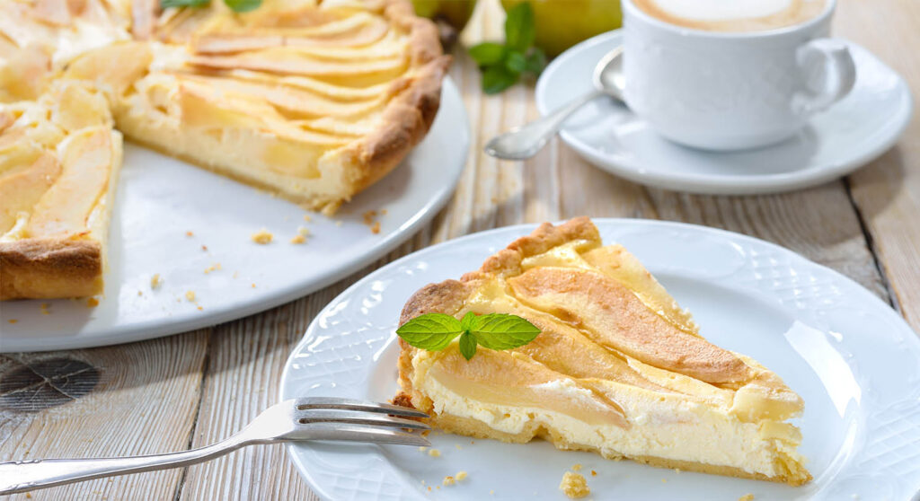 La torta di mele cremosissima che si scioglie in bocca, una bontà unica e ha solo 160 calorie!