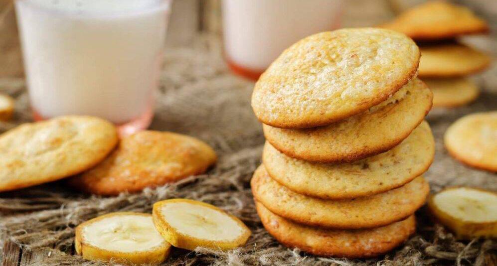 I biscotti alla banana senza burro e latte, squisiti e con sole 55 Kcal!